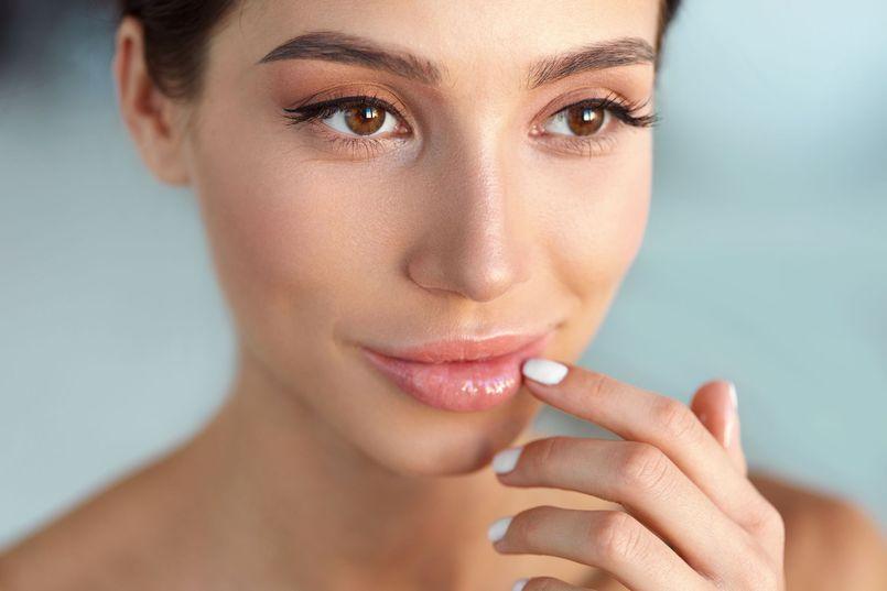 Błędy w pielęgnacji skóry twarzy i ciała. Czego unikać?