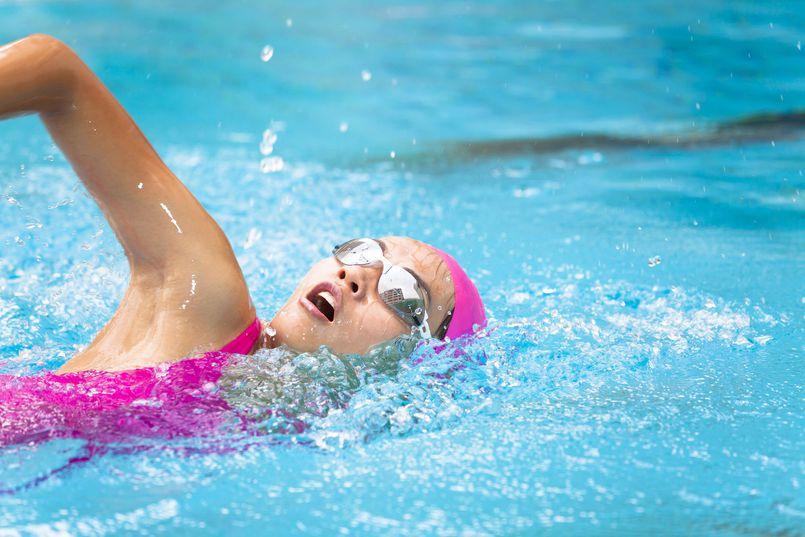 Pływanie na basenie a redukcja masy ciała